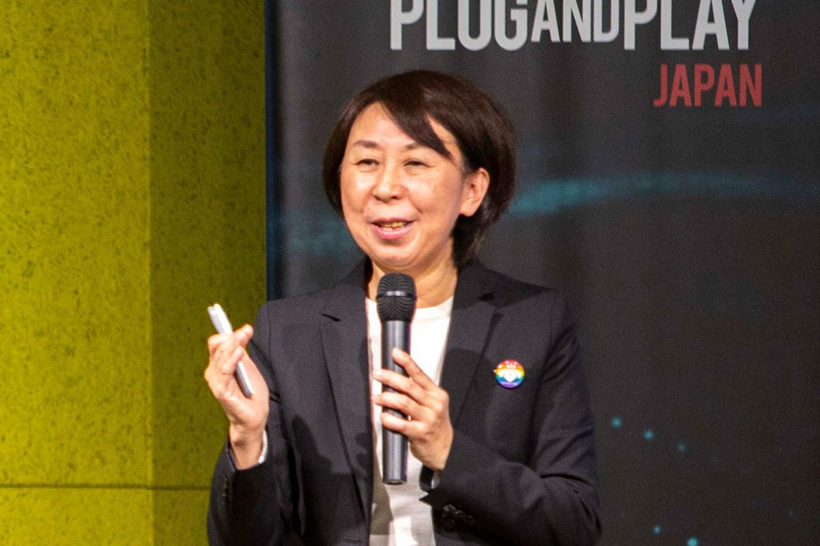 JAPAN COLLECTIVE IMPACT in 渋谷でこども宅食の事例を紹介をする渡辺由美子氏